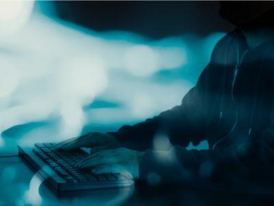 """Cyber-harcèlement : retrouvez l'interview de Laure Landes-Gronowski, notre associée """"IT & Data protection"""", dans """"Verdict - Les chroniques du Palais"""""""
